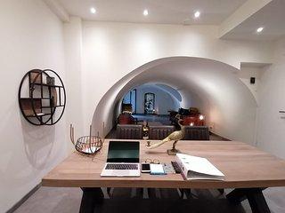 Loft 188 Stylish & Luxury apartment hotel