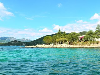Vacation Villa with a private beach in Croatia at Dubrovnik Riviera