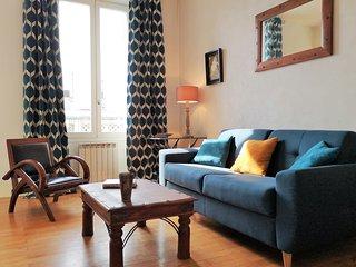 Coquet 2-rooms apartment with vintage decoration, tram A❤️ superb view #K0