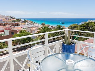 Comodo y centrico apartamento con vistas al mar