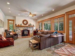 NEW LISTING! North Cascades home w/private hot tub -close to mountain activities