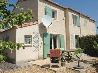 Stunning home in Pezenas w/ Outdoor swimming pool, WiFi and 3 Bedrooms