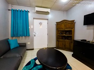 Liam's Guesthouse On The Avenue, Woodbrook Room 2