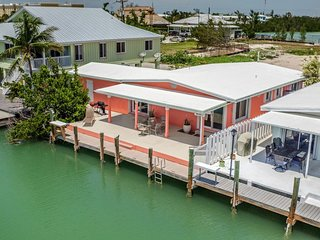 Loralei 3bed/3bath canal front home
