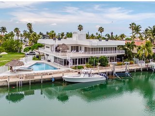 Duck Key Summit 5Bed/5Bath with dock and pool
