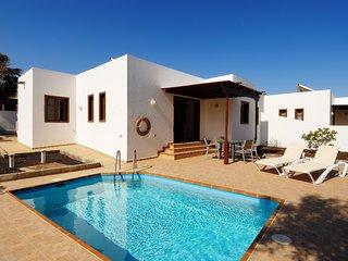 Villa Salt Life, con piscina privada y terraza