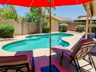 NEW Desert Oasis! Monthly Retreat - Sleeps 9