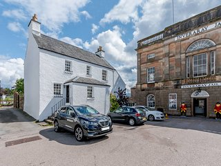 75644 Cottage situated in Inveraray