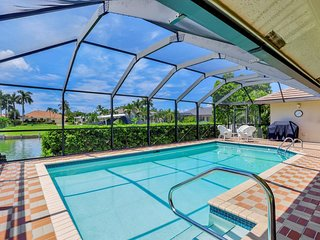 LAMPLIGHTER CT. 1221 WATERFRONT POOL HOME! SOUTHERN EXPOSURE