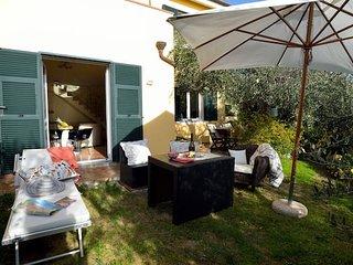 Beautiful house in Imperia & Wifi