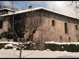 Palacio La Casona del Xerrón. Se alquila la casa entera, desde 6 a 14 personas.