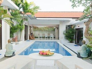 Villa Sharai - Sweet Spot by Seminyak & Canggu