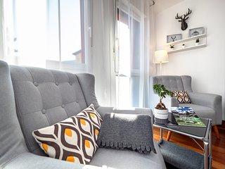 Bonito apartamento de estilo nórdico en Boltaña. Ideal parejas