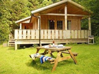 Y Berllan Log Cabin