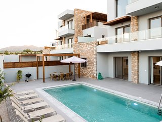 Olive & Stone Villas- Alina