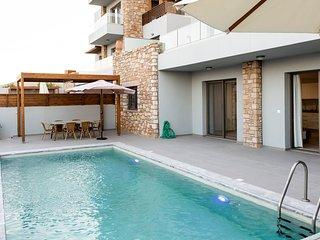 Olive & Stone Villas - Eva