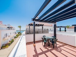 Traditional Seaside Apartment | Cabanas | Close to Beach | Ocean View