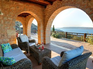 Aptera Villa Sleeps 6 with Pool Air Con and WiFi - 5604894