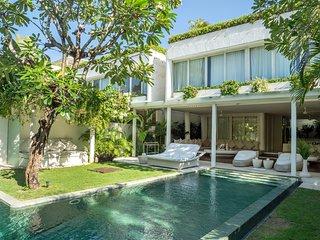 8 Bedroom Villa - Eden the Residence at the Sea, Seminyak, Bali