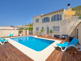 3 bedroom Villa with Pool, Air Con and WiFi - 5646454
