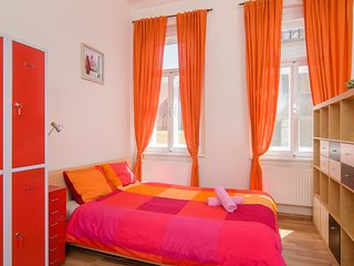 Double bed 3-4 in dormitory room in apt. TALIA.