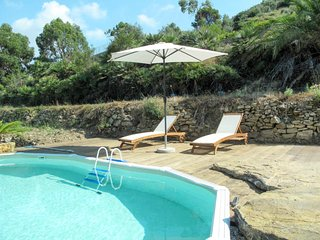 1 bedroom Villa with Pool, Air Con and WiFi - 5682893