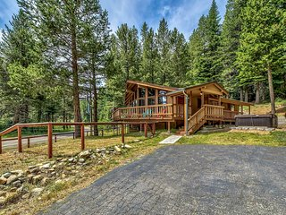 North Upper Truckee Normuk Mountaintop Home 2 Bedrooms 2 Full Baths