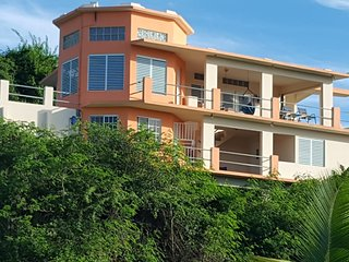 Casa Linda Beach House