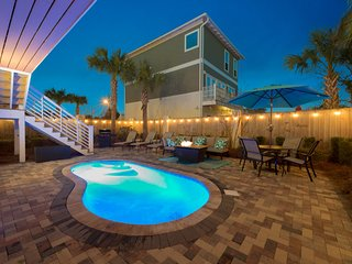 BE OUR GUEST: Redecorated for 2019! Foam/gel Mattresses, Gulf Views, Pool, Golf