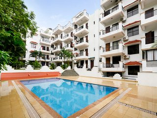 Cosy 1 BHK with a pool, 900 m from Chapora Beach
