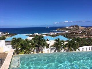 Oasis Retreat—Romantic Suite, Pool, Hot Tub