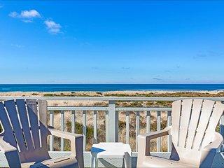 Mandala Sands Panoramic Views & Comfort on the Beach