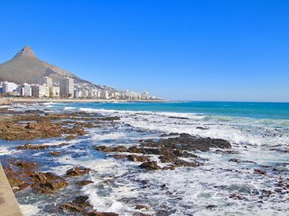Quiet rental w/ a private balcony - walk to the beach, promenade, & nightlife