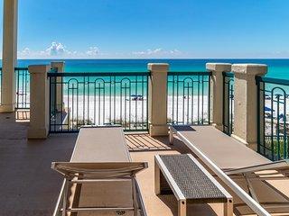 BEAUX TIDES: Gulf Front, Hot Tub, Elevator, 6 En-suites, Million Dollar Views!