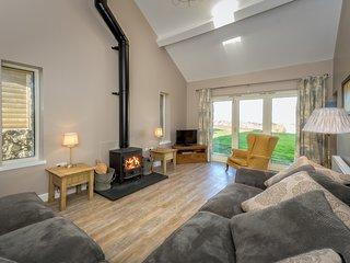 Crowrach Uchaf Cottage & Barn