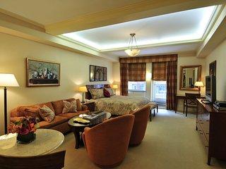 Manhattan Residence