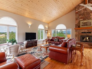 NEW LISTING! Spacious hilltop home w/deck & stunning views-near hot springs