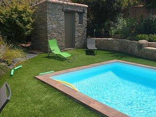 villa tout confort-piscine privee -calme_detente assure -linge et draps fournis
