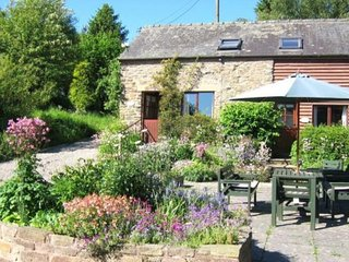 Stable Cottage, Mocktree barns, nr Ludlow (Dog Friendly)
