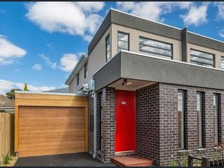 The Red Door Footscray. 7km from Melbourne CBD