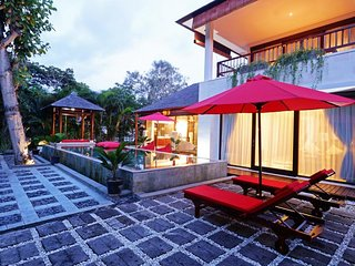 Modern, Spacious, Fully Equipped Villa