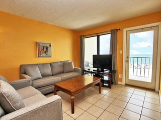 Island Shores 457- Make the Beach Your Happy Place~ Book Now