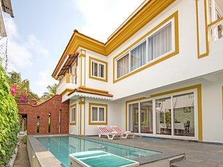 Luxurious 2-bedroom villa, 3.9 km from Vagator Beach /73602