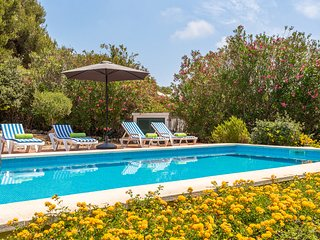 Villa BiniNina - private pool, seaview, free AC & WiFi