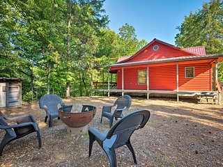 NEW-Broken Bow Cabin w/Deck on Mountain Fork River