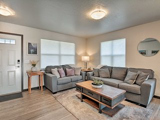 NEW! Missoula Townhome w/ Patio - 2 Mi to Downtown