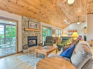 Cottage w/ MTN Views: 8 Mi to Cataloochee Ski Area