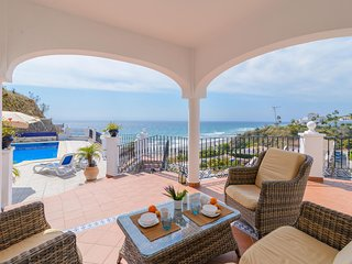 VILLA TEBA- 4 bedrooms villa with amazing views