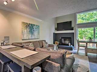 NEW! Harbor Springs Condo ~6 Mi to Lake Michigan!