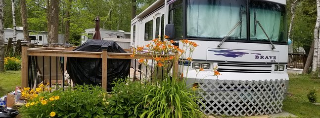 RV as is and on its current site in Wasaga Beach., vacation rental in Port McNicoll